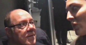 Carlo Verdone, gag con l'imitatrice Francesca Manzini: il provino alla finta Monica Bellucci è esilarante