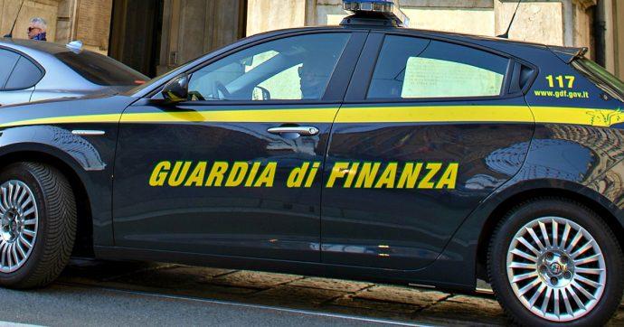 """Mafia, 12 arresti a Prato: """"Riciclavano il denaro del clan Tagliavia nel commercio di pallets"""""""