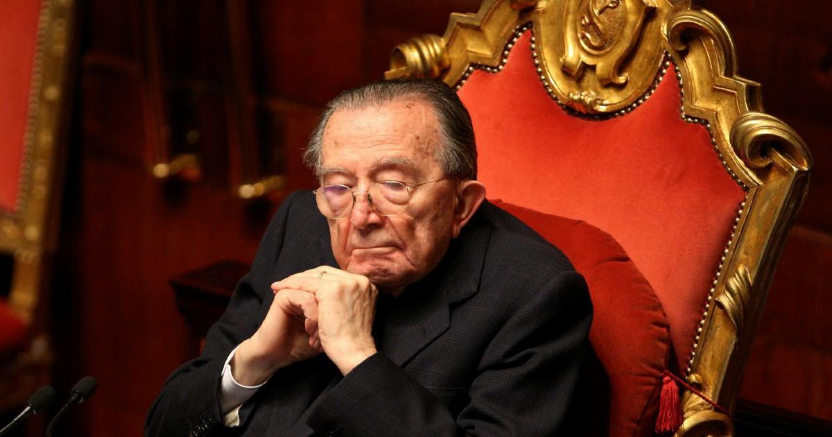 """Così il boss sgridò Andreotti """"Comandi a Roma, non qui"""""""