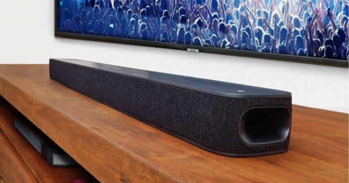 JBL Link Bar trasforma il vecchio televisore in una Android TV, dotata anche di assistente vocale Google