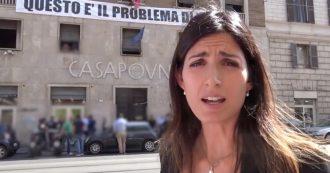 """Roma, blitz della Raggi davanti al palazzo occupato di Casapound: """"L'insegna va rimossa"""""""