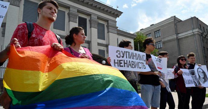 Russia, uccisa attivista Lgbt. La propaganda contro i gay non conosce limiti