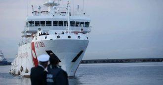 Migranti, la Procura di Siracusa apre fascicolo sulla vicenda della nave Gregoretti della Guardia Costiera. Comandante sentito dai pm