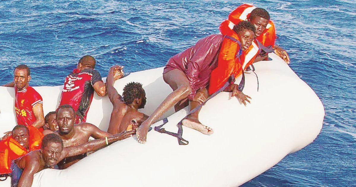 """Strage al largo della Libia: """"Ci sono più di  150 morti"""""""