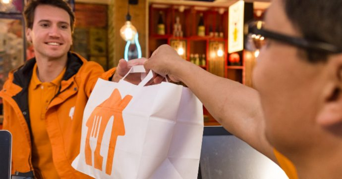 Cibo a domicilio, Just Eat e Takeaway.com verso la fusione: offerta da 5 miliardi di sterline