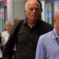 L'arrivo di Ethan Elder, padre di Finnegan Lee, all'aeroporto Da Vinci di Fiumicino