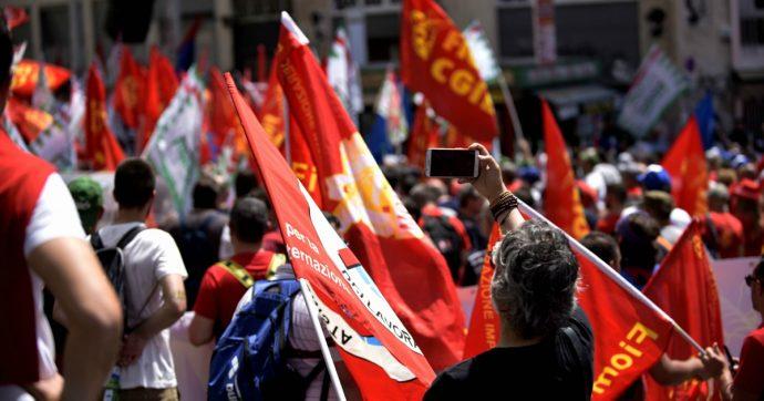 """Modena, azienda fallisce a Sassuolo e licenzia 54 lavoratori. Sindaco leghista: """"Potrebbero trasferirsi in Russia"""". Protesta la Fiom"""