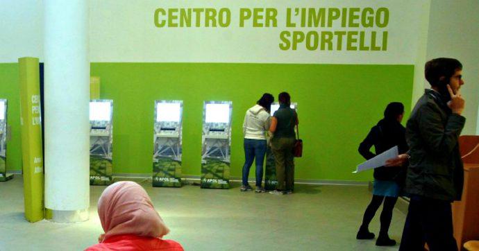 """Lavoro, Istat: """"A giugno disoccupazione al 9,7%, tasso più basso dal 2012"""". Giù tra i giovani. Crescono ancora i dipendenti stabili"""