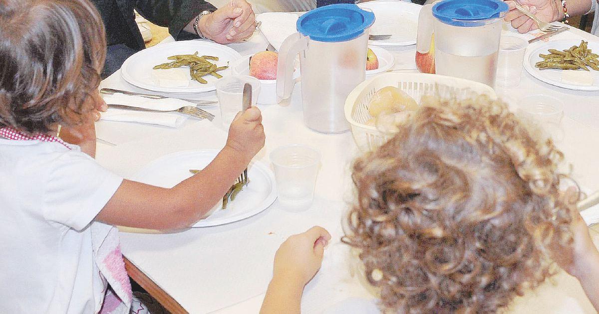 """""""Portare il pasto da casa a scuola non è un diritto"""""""