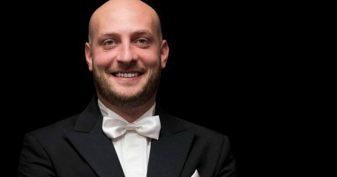 """Sesto Quatrini, il direttore d'orchestra perseguitato da una cantante lirica: """"Vivo sotto scorta, ha tentato di aggredire anche due poliziotti"""""""