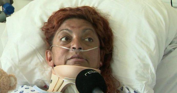 Donna rimane intrappolata in auto dopo incidente: sopravvive 6 giorni bevendo solo acqua piovana