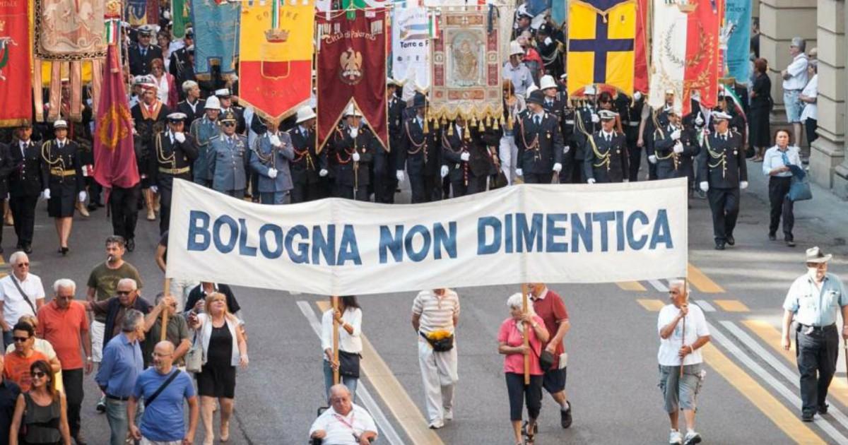 Strage di Bologna, è ora di sostituire la verità alla memoria