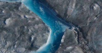 Groenlandia, ghiacciai neri attraversati da fiumi: le immagini impressionanti dopo il caldo record
