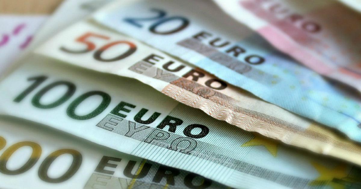 Tassi di interesse negativi, così si puniscono i risparmiatori invece di premiarli