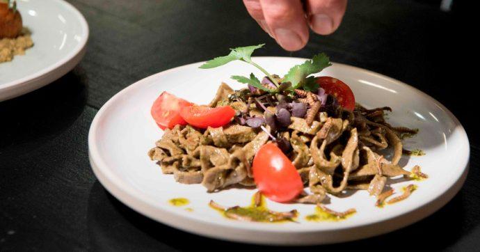 Contro i disturbi alimentari nasce il sistema NutriScore. Peccato per i pareri 'autorevoli' dei nostri politici