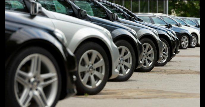Mercato auto, a luglio è aumentato del 3,6% quello dell'usato. Resiste il diesel