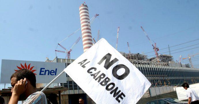 """Dl Imprese: 20 milioni per il sostegno degli operai centrali a carbone, ma anche un fondo per """"aiutare"""" le aziende che inquinano"""