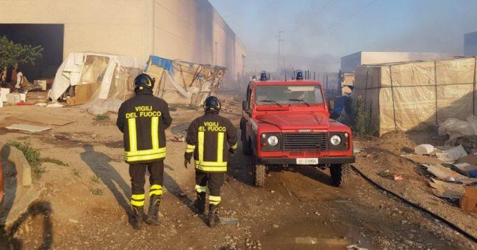 Metaponto, incendio in un capannone che ospita migranti: morta una 28enne nigeriana