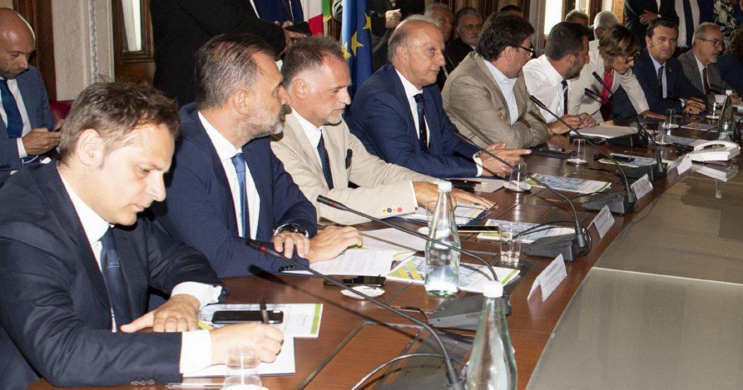 Salvini (con Siri) demolisce pure il contratto di governo