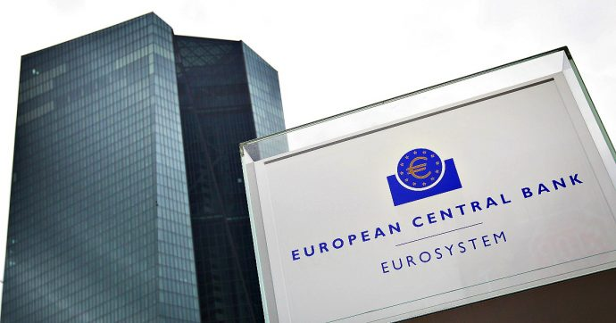 """Crescita, monito Bce: """"Nell'eurozona aumento Pil debole nei prossimi mesi. Le cause? Guerra dei dazi e vulnerabilità dei mercati emergenti"""""""