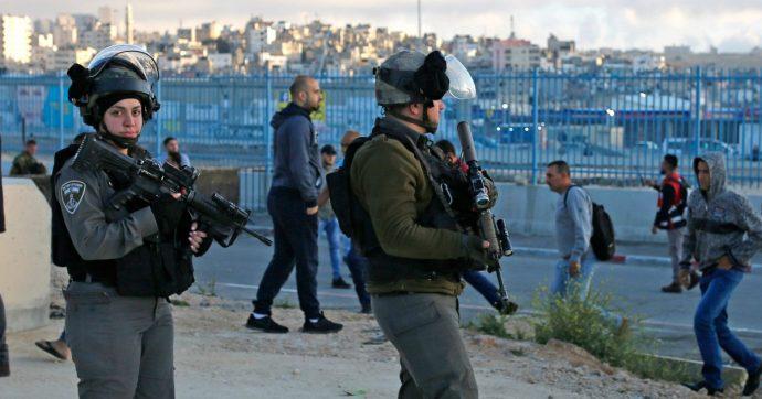"""Cisgiordania, soldato israeliano ucciso a coltellate. Il premier Netanyahu: """"Caccia al terrorista e regolamento di conti"""""""