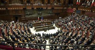 """Crisi di governo, l'ultimo scontro tra Di Maio e Salvini sul taglio dei parlamentari. """"Abbi il coraggio, poi il voto"""". """"No, si perde un anno"""""""