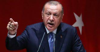 Migranti, Erdogan avverte l'Ue: 'Safe zone in Siria o apro le porte ai rifugiati verso l'Europa'. Ma la partita è anche economica