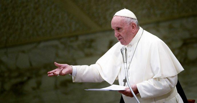 """Papa Francesco: """"Il sovranismo isola e porta alle guerre. Sento discorsi che assomigliano a quelli di Hitler. L'Europa va salvata"""""""