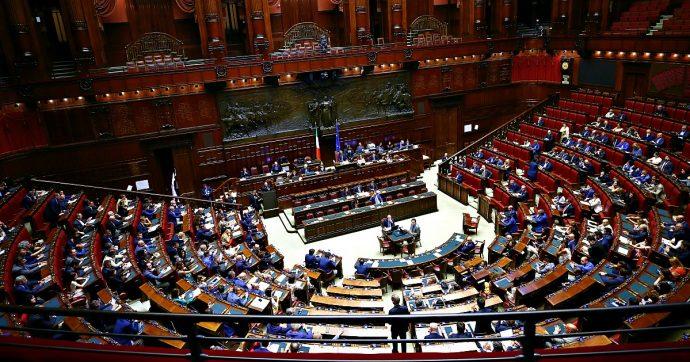 Manovra, il governo mette la fiducia anche alla Camera. Il voto finale fissato lunedì dalle 15,30