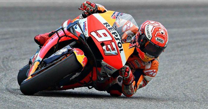 MotoGp, a Valencia Marquez chiude la stagione con la 12° vittoria dell'anno. Dietro Quartararo e Miller