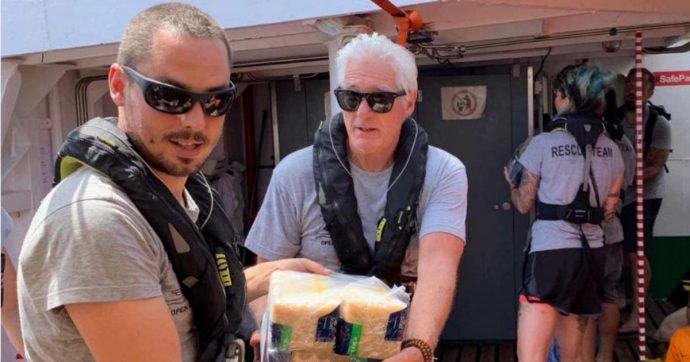 """Richard Gere a Lampedusa in sostegno dei migranti salvati dalla Open Arms: """"Mio figlio è rimasto molto colpito da questa vicenda"""""""