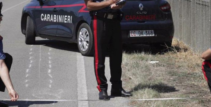 Cervia, ciclista di 25 anni travolto e ucciso da un pirata della strada: arrestata ragazza di 28 anni