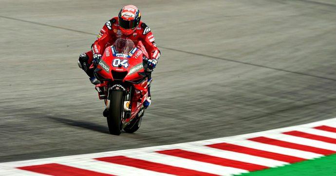 MotoGp Austria, Dovizioso torna alla vittoria: Marquez battuto a duello con un sorpasso all'ultima curva. Sul podio sale Quartararo