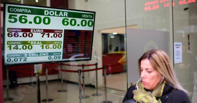 """Argentina, la Borsa crolla e la moneta affonda dopo la sconfitta di Macri alle primarie. """"A rischio l'accordo con l'Fmi"""""""