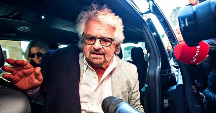 """Crisi di governo, Grillo: """"Sciacallaggio da avvoltoi persuasori. Rimanere uniti e parlare solo con gente elevata"""""""