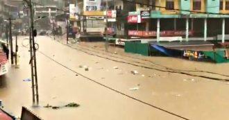 India, piogge torrenziali devastano gli stati del sud e dell'ovest: oltre 140 morti