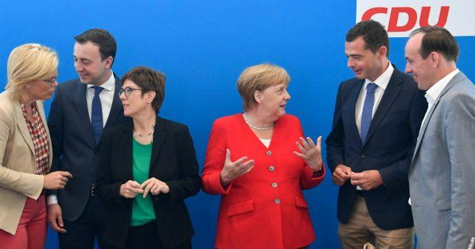 """Germania, la Merkel fa muro contro chi chiede di fare più deficit: """"Restiamo fedeli all'obiettivo del pareggio di bilancio"""""""