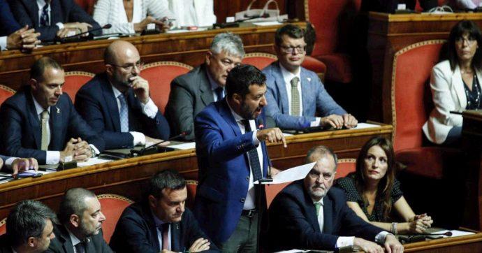 Crisi di governo – In Aula Salvini perde la prima: ok calendario M5s-Pd. Niente sfiducia della Lega, il 20 Conte parla al Senato