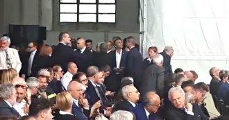 Ponte Morandi, la delegazione e i vertici di Autostrade lasciano la cerimonia su richiesta dei parenti delle vittime