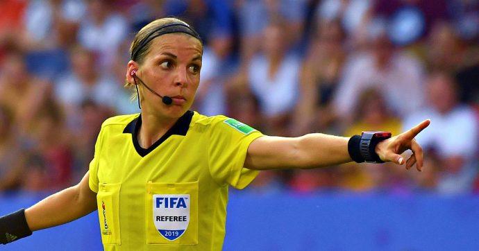 """Liverpool-Chelsea, la Supercoppa Uefa tutta inglese. Per la prima volta dirige una donna: """"Nessuna paura, il calcio è uguale per tutti"""""""