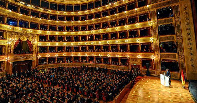 Prima della Scala, dall'abbigliamento agli applausi: ecco le 5 cose da non fare assolutamente a teatro