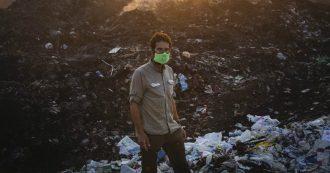 """Ambiente, l'esploratore Alex Bellini salpa per la """"grande isola di plastica"""" nel Pacifico: """"Consumare di meno per salvare il pianeta"""""""