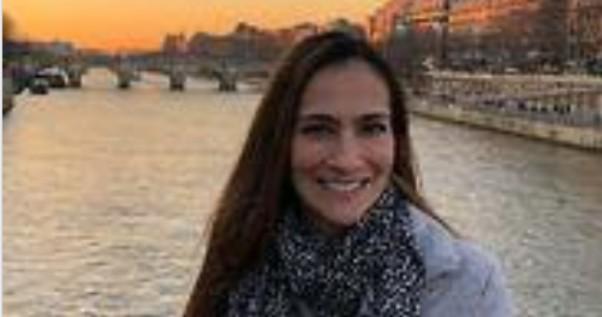 Hostess contrae il morbillo in volo: muore a 43 anni qualche giorno dopo