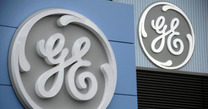 """General Electric, un report svela """"conti truccati per nascondere 38 miliardi di perdite"""". E il titolo a Ferragosto crolla in borsa"""