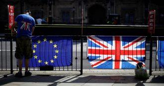 """Brexit, firmato il provvedimento che cancella le leggi dell'Unione europea in Gran Bretagna. Governo: """"Passo storico per rientro poteri"""""""