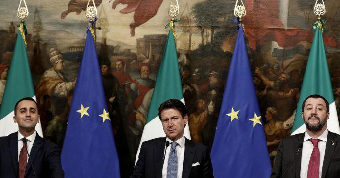 In Edicola sul Fatto Quotidiano del 18 Agosto: Il bacio della morte. Conte teme la fiducia (di Salvini)