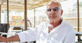 """Gianni Scarpa, l'ex gestore della spiaggia fascista denunciato: """"Ha cacciato una ragazza di origine africana da uno stabilimento"""""""