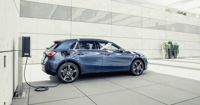 Mercedes Classe A e Classe B ibride plug-in, arrivano le Stelle alla spina