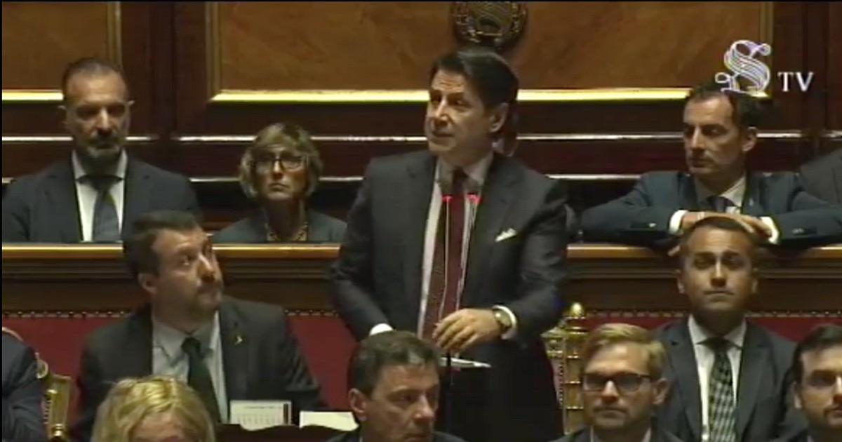Conte fa lo shampoo a Salvini, che replica in modo desolante. Ma Di Maio fa pure peggio
