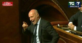 """Crisi governo, De Falco si rivolge ai banchi della Lega e intima: """"Devi andare a casa"""""""